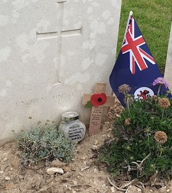 jar of sand near tomb to unknown soldier